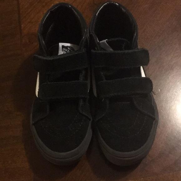 bb69c0ef97e75a Black Van Gym Shoes. M 5b0631139a94556d369a18bf